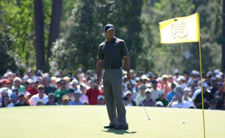 Súlyos autóbalesetet szenvedett Tiger Woods korábbi világelső golfozó