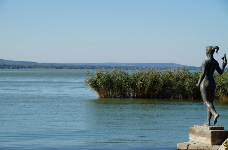Két holttestet emeltek ki a Balatonból