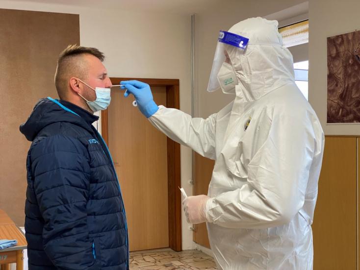 Dunaszerdahely, Somorja és Nagymegyer is önkénteseket keres a tömeges teszteléshez