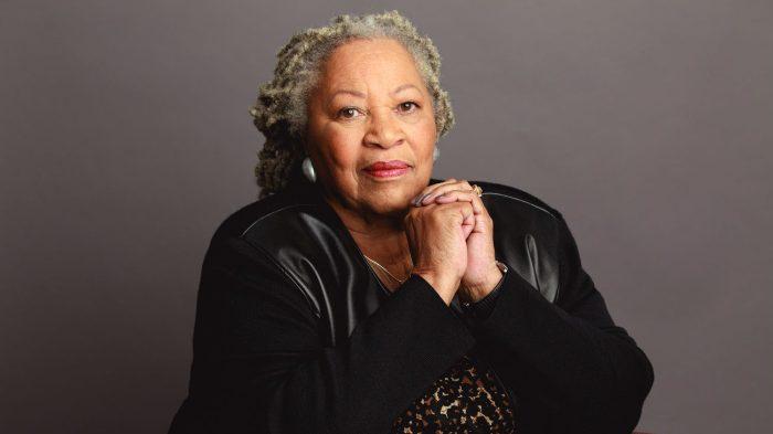 MeghaltToni MorrisonNobel-díjas amerikai írónő