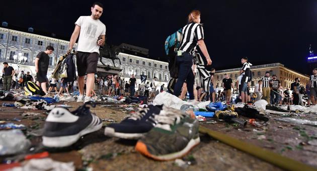 Bajnokok Ligája - Pánik tört ki Torinóban, sokan megsérültek