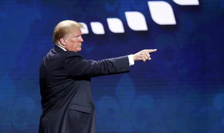 Trump elvette volna az amerikai nőktől a fogamzásgátlást