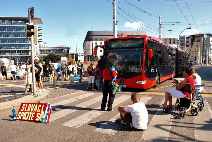 Tüntetők bénítják meg a fővárost? A polgármester arra kéri a rendőröket, védjék meg Pozsonyt!