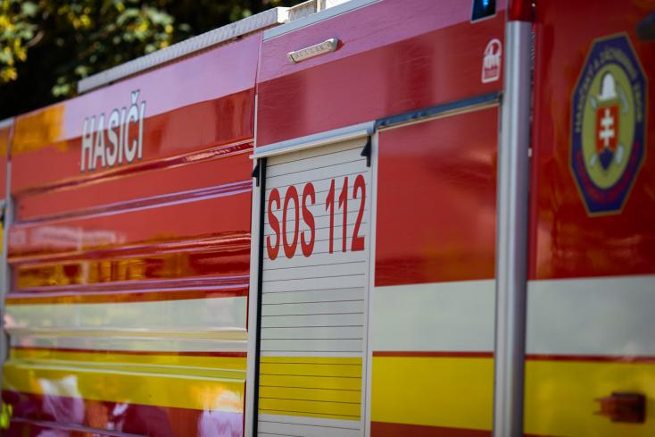 TŰZESET: Kigyulladt egy lakás, egy személy súlyosan megsérült