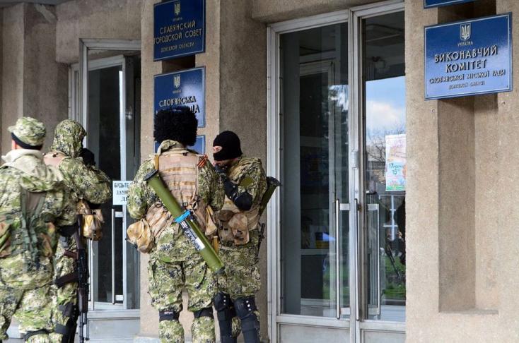 Még mindig dúl a háború a szomszéd országban, négy szakadár meg is halt, pedig érvényes a tűzszünet