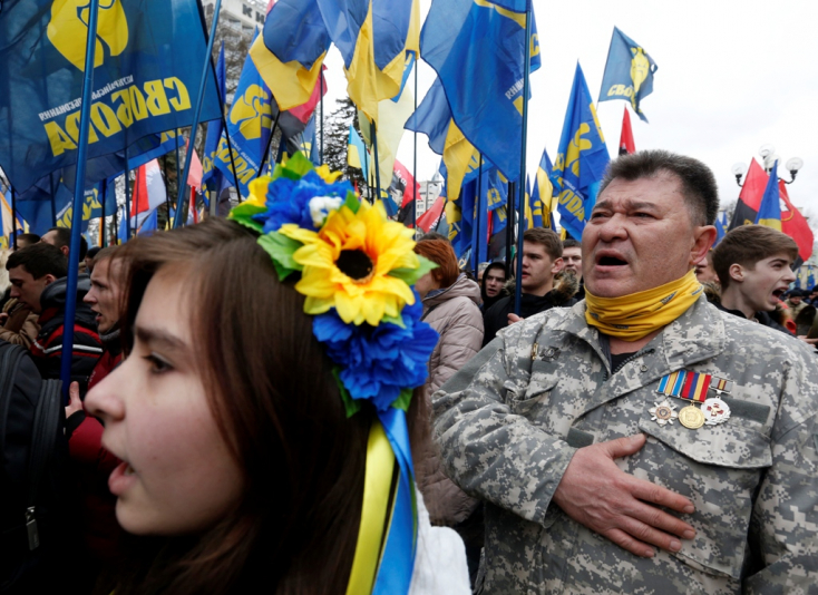Szabad az út az ukránok vízummentessége előtt