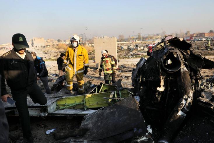 Vádat emeltek tíz ember ellen az ukrán gép lelövése ügyében