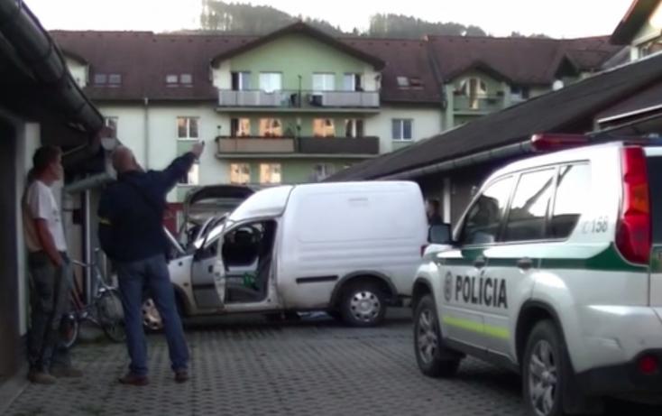 TRAGÉDIA: Két fiatal holtteste feküdt a lopott verdában egy garázsban