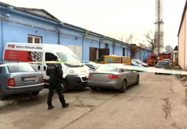 BORZALOM: Kamaszfiú fulladt meg, miután beszakadt alatta az akna