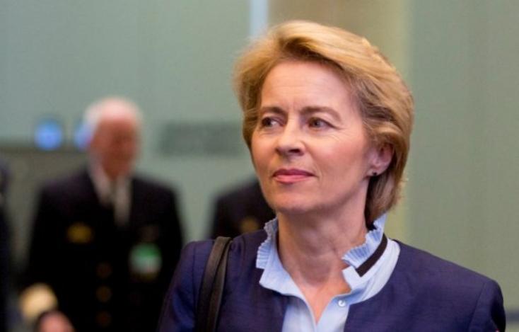 Junckert Ursula von der Leyen váltja azEurópai Bizottság élén