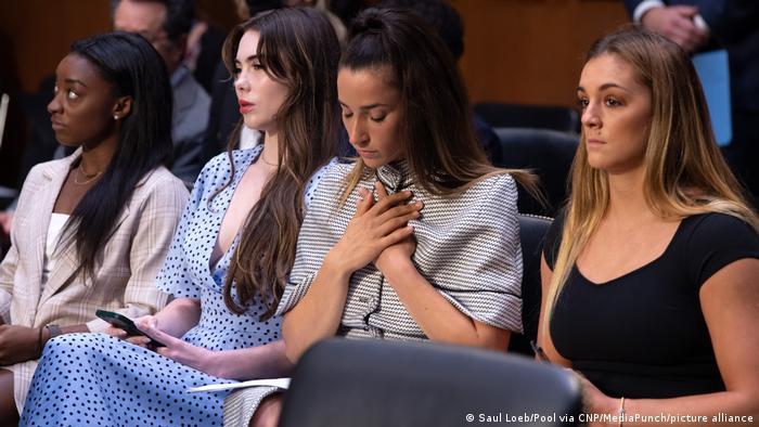 A szexuálisan bántalmazott amerikai tornászok a kongresszusnál tettek panaszt