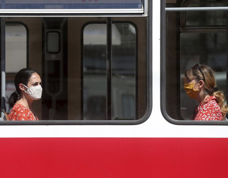 Koronavírus - Ausztria néhány ország tekintetében könnyített a beutazási feltételeken