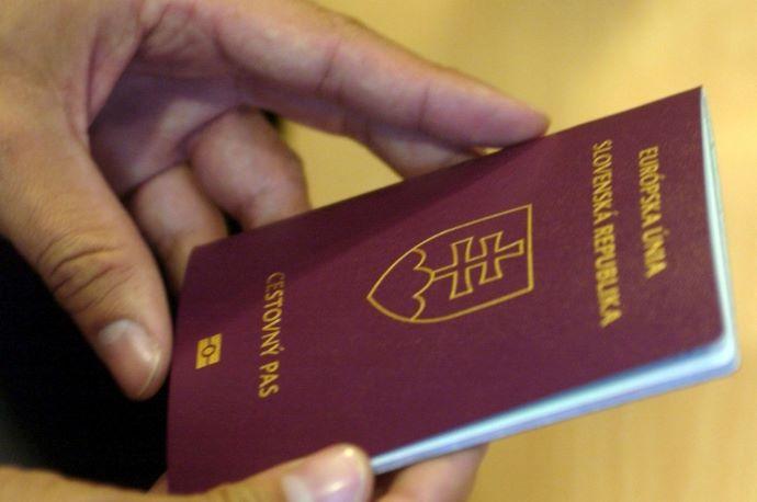 Mutatjuk, mennyien vesztették el a szlovák állampolgárságukat mostanáig Ficóék törvénye miatt