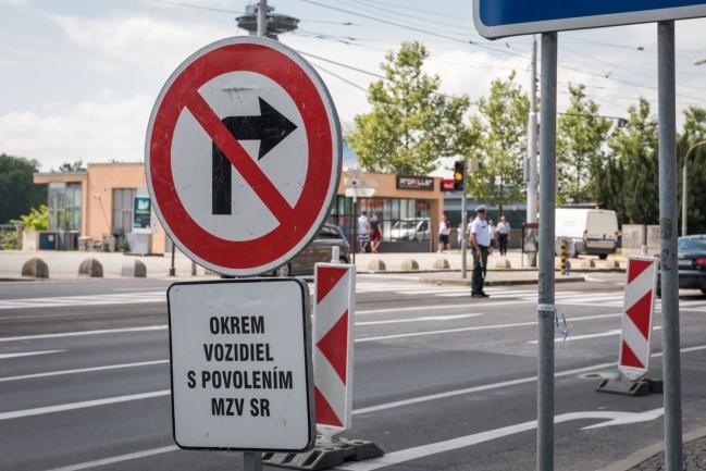 Szigorú intézkedések és útlezárások lesznek ismét Pozsonyban