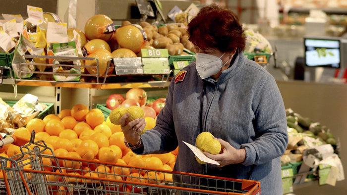 Koronavírus – Tovább romlik a helyzet, Délnyugat-Szlovákiában is besárgul az első járás!