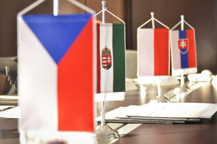 Még nem hivatalos: Rendkívüli kormányfői csúcstalálkozót tartanak a V4-ek Budapesten