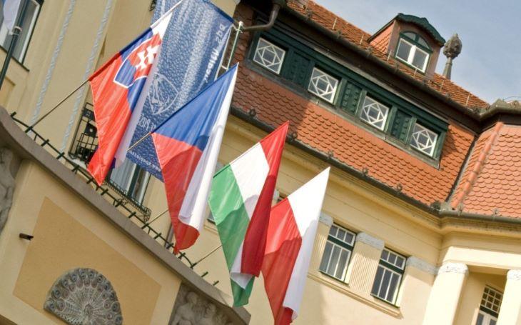 A V4-országok kormányfői megbeszélést tartanak a közép-európai térség biztonságáról