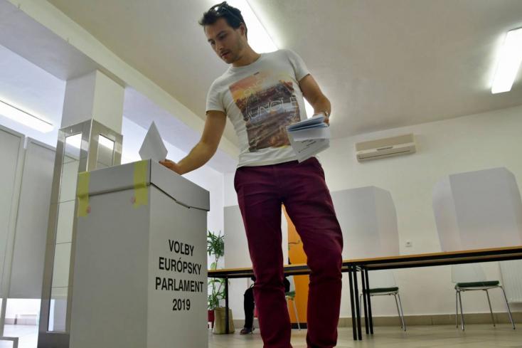 EP-választás: Szlovákia egyik szeme nevethet, másik sírhat