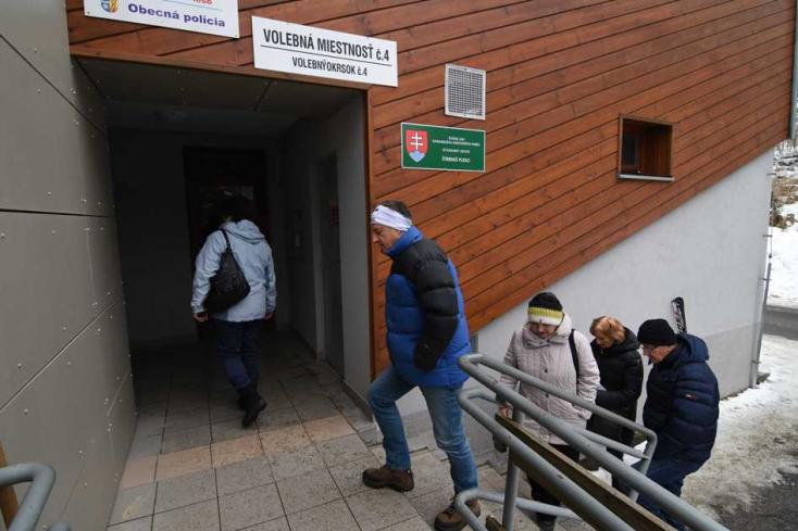 Rossz volt az idő, elmentek inkább szavazni a turisták