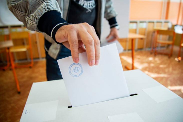 Íme, a 25 párt és koalíció, amelyik indul a parlamenti választásokon