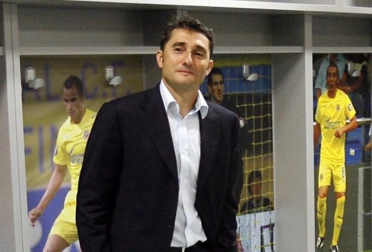 Menesztették az FC Barcelona edzőjét