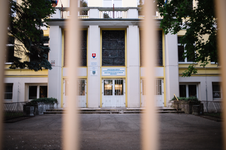 Megnyitnak a középiskolák is hétfőtől a Dunaszerdahelyi és a Komáromi járásban