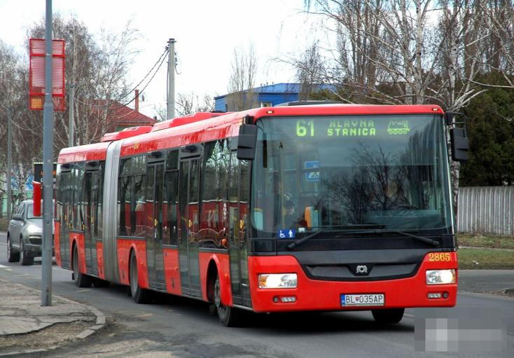 Még a pozsonyi tömegközlekedési járműveken is tesztelni fognak, hogy minél kényelmesebben legyenez az egészmacera