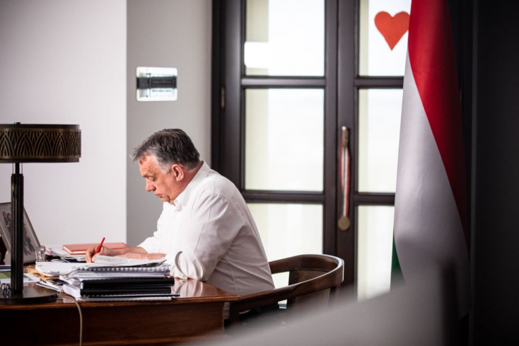 Orbán bejelentette, hogyMagyarországon szerdától nyithatnak az üzletek, újraindulhatnak a szolgáltatások