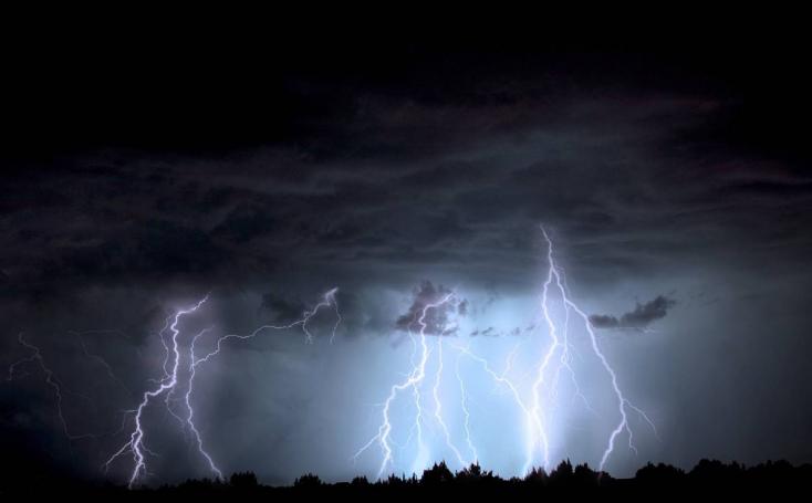 20 ezer villám csapott le szombat éjjel, Nagymácséd és Sárrét kapott a legtöbbet az esőből!