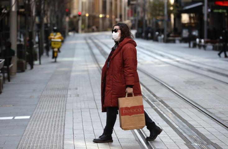 Korlátozásokkal sem sikerült megfékezni a járványt Sydneyben, két héttelmeghosszabbították akarantént