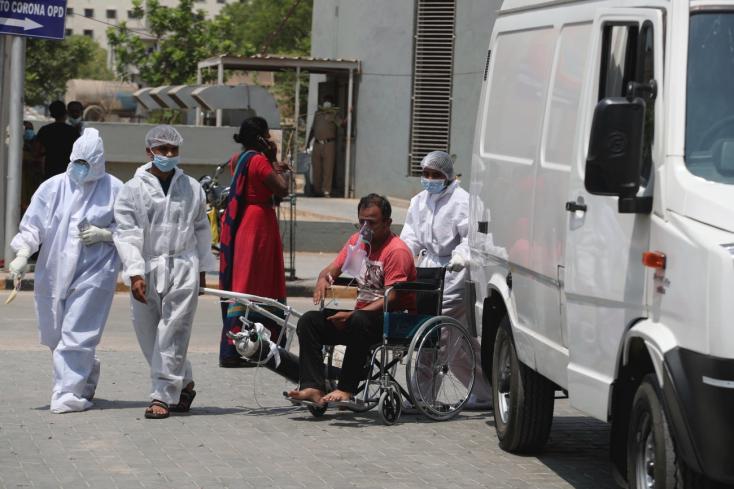 Elindult az első egészségügyi segélyszállítmányIzraelbőlIndiába