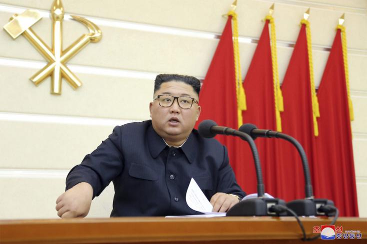 Kim Dzsong Un lezár minden csatornát égen és földön