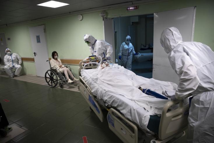"""Ötmillió fertőzött, kétmillió gyógyult, 338 ezer halott - Ez a világ """"koronamérlege"""""""