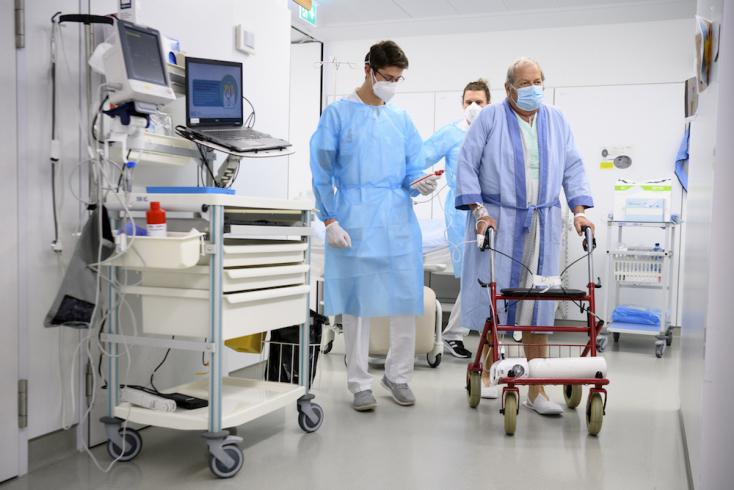 """""""Végrendeletet"""" kérnének svájci orvosok az idős COVID-betegektől"""
