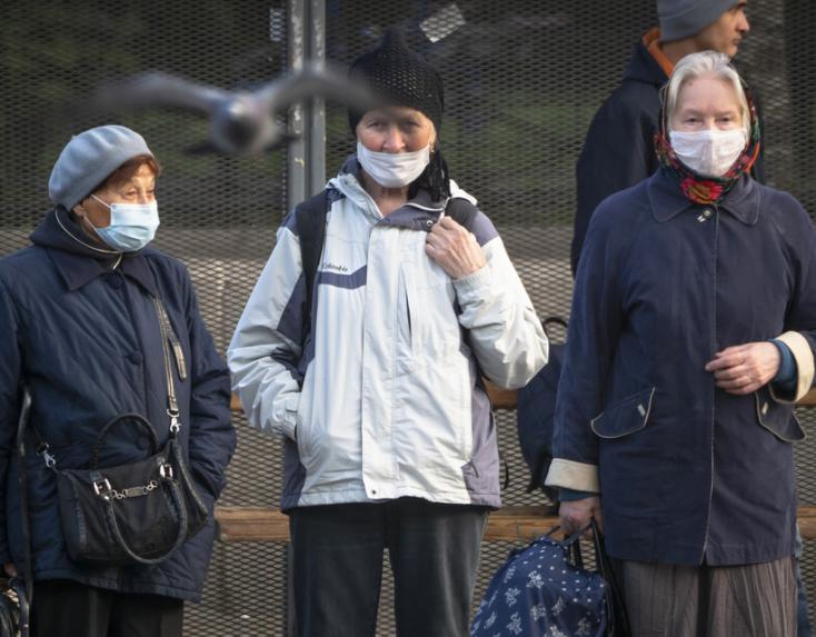 Koronavírus - Az év eleje óta nem tapasztalt ütemben javulnak a nagy-britanniai adatok