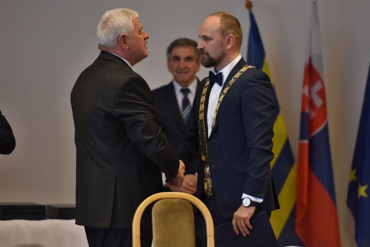 Letette az esküt Tibor Mikuš utódja, Jozef Viskupič is