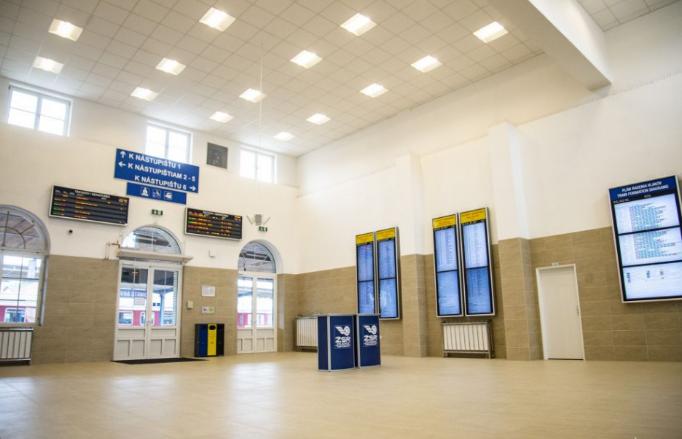 Új váróterem várja az utasokat a pozsonyi nagyállomáson