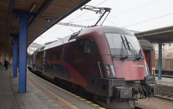 Koronavírus: Az osztrák hatóságok felfüggesztették a vasúti átkelést az Olaszországgal közös határon
