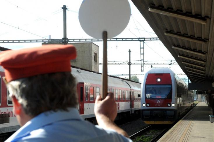 A Szlovák Vasúttársaság idén nyáron 44 szezonális vonatot indít, összesen tíz útvonalon