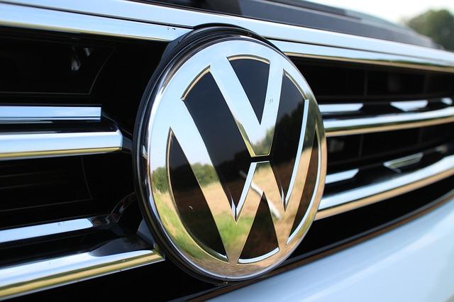 Egymilliárd eurós beruházással új akkumulátorgyárat épít a Volkswagen