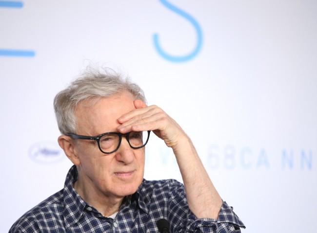 Woody Allen pereskedik - szerződésszegéssel vádolja az Amazont