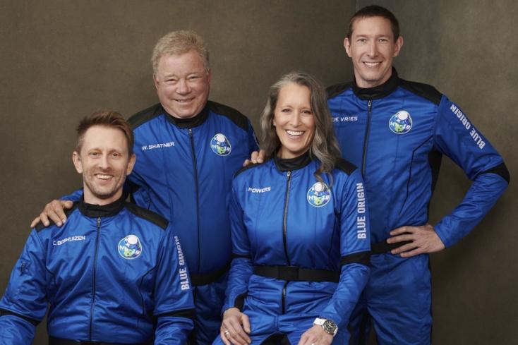 Megjárta az űrt William Shatner, ezzel ő a legidősebb ember, aki valaha űrrepülésen vett részt