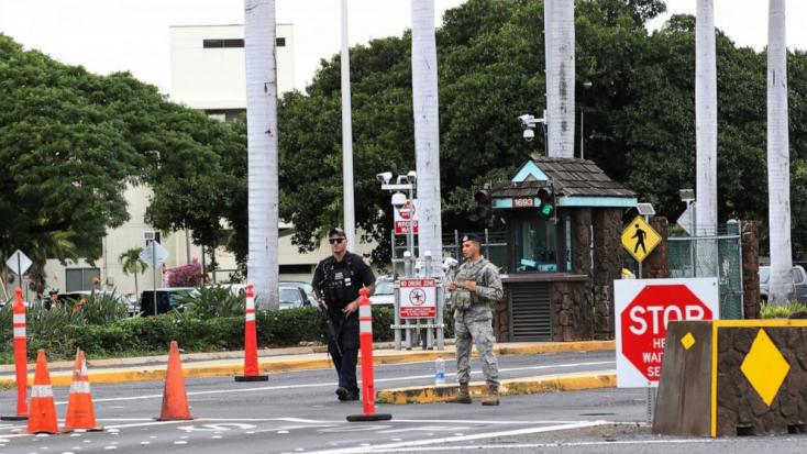 Tüzet nyitott egy tengerész a Pearl Harbor-i támaszponton, három halott