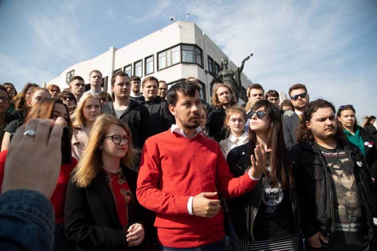 Megszállják Brüsszelt a tisztességes szlovákiai fiatalok