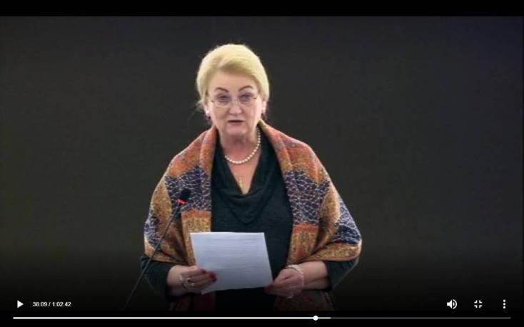 Anna Záborská kilépett a KDH-ból, indoklásként csak frázisokat pufogtatott