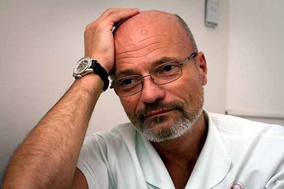 Dr. Zacher Gábor Füleken tart előadást