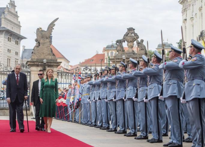 Nem kerültek szóba vitás kérdések Čaputová és Zeman találkozója során