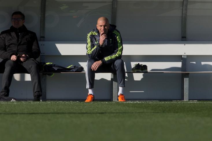 Zidane válthatja Sarrit a Juventus kispadján