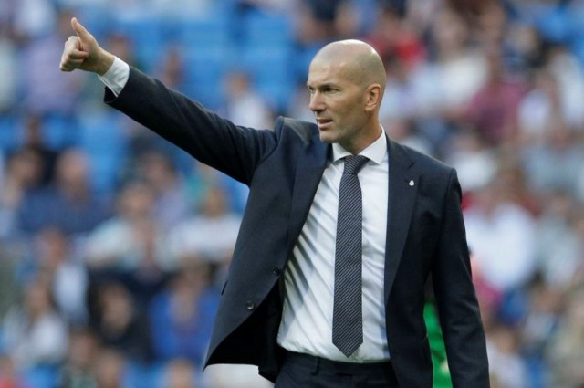 Zidane marasztalja Varane-t, de Bale jövőjéről nem beszélt