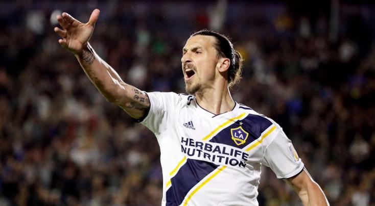 Zlatan Ibrahimovic megdöntötte a kereseti rekordot